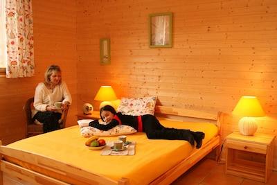 une chambre double, lit kingsize