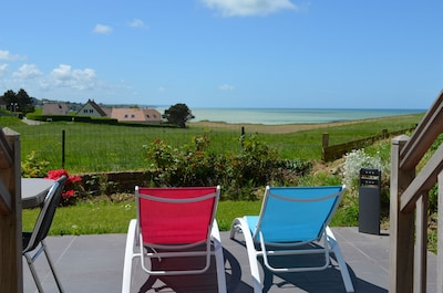 """Terrasse """"vue mer"""" dans un environnement paisible"""