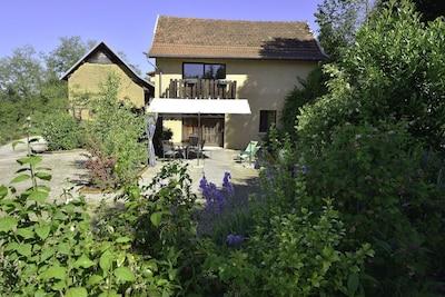 Canton de Saint-Genix-sur-Guiers, Saint-Genix-les-Villages, Savoie (département), France
