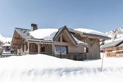 Praz l'Eveque Ski Lift, Taninges, Haute-Savoie, France