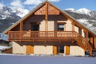 Saint-Martin-de-Queyrieres, Hautes-Alpes, France