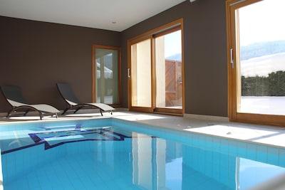 piscine intérieure 34° C