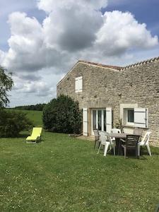 Saint-Savinien, Charente-Maritime (département), France