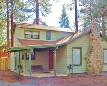 Welcome to the Jeffrey Pine Cabin