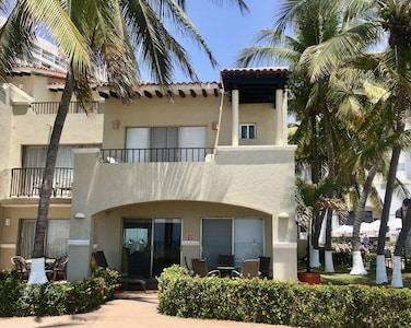 Villa 12 | Tesoro Resort