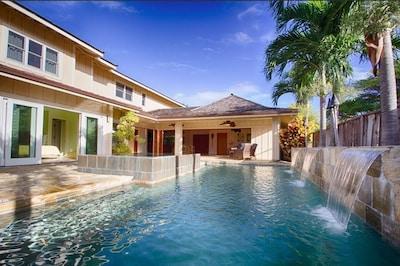 Luxurious backyard with pool & spa
