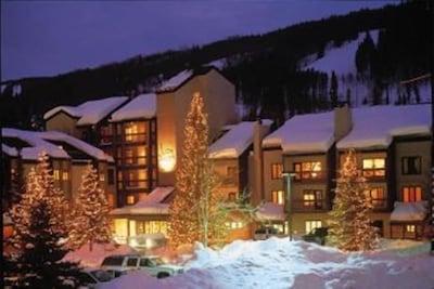 Lion Square Lodge -ON the slopes!