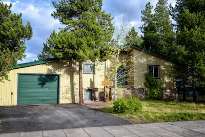 Trails End is walking distance to hiking, biking, ski and snowmobile trails.