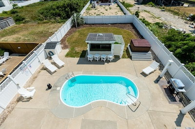 overview of large large , private back yard area