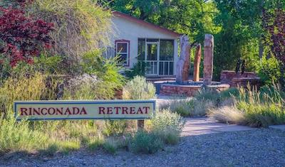 Welcome to our Rinconada Rio Grande Retreat!