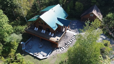 The classic log home in the country!
