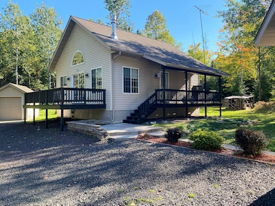 Beautiful Cabin with 2 Decks and Ample Parking.
