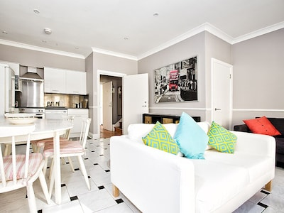 Bright, modern furnishings througout the apartment!