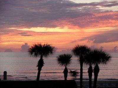 Stunning New Smyrna Beach Sunsets