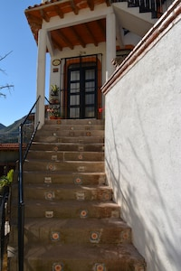 Going up to front door entrance