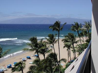 Marriott beach looking towards Molokai