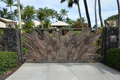 the gate at #14
