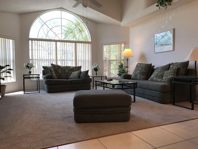 Spacious Cathedral Ceiling Living Room