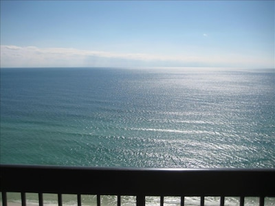 Enjoy un-obstructed views of the Gulf of Mexico!!