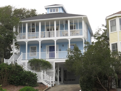 Nautical Pelican Reach House