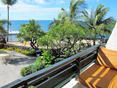 Twin Lounger overlooking Beach and Ocean