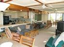 Big living rm. Kitchen w beach ocean view, Comfort new furniture, Flat screen TV