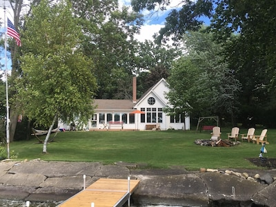 Lakeside yard, view from the new pier