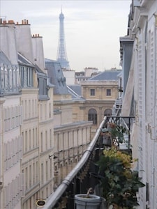 Balcony with view of Eiffel Tower