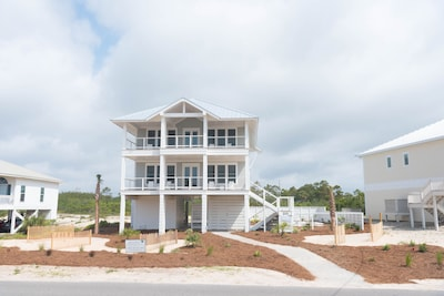 Brand New Construction with many luxuries!