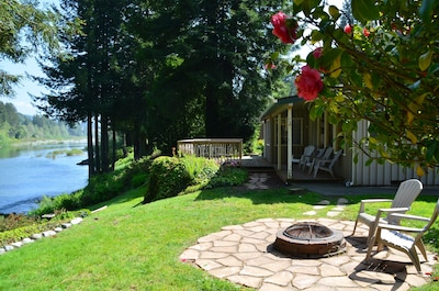 Many outdoor spaces, fire pit, front porch, deck and BBQ patio