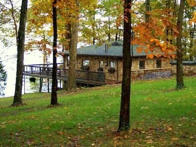 Golden Pond, Cadiz, Kentucky, USA