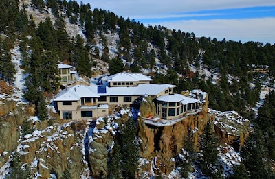Above the Clouds is a luxury estate that sits on 32 private acres at 8,000 feet