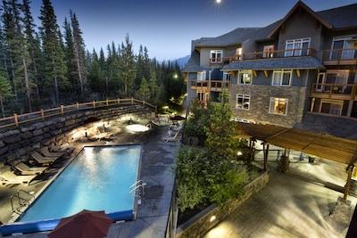 Blackstone Mountain Lodge, Canmore, Alberta, Canada