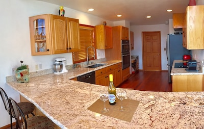 Brand new kitchen 2016. Everything you need for great entertaining.