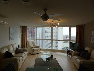 Living Room view Willems Bridge/Smart 4K Ultra HD TV/ Ceiling Fan
