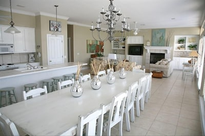 Very Spacious Living area/ Dining area has room for all 18 to sit