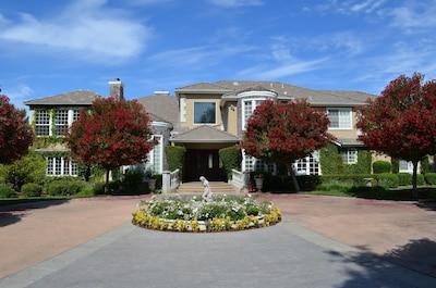 Zin Estate front entrance