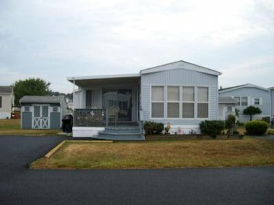 WINDLASS WAY HOUSE