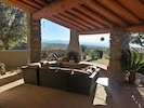 Amazing vistas, cozy outdoor living & entertaining on patio w\ beehive fireplace