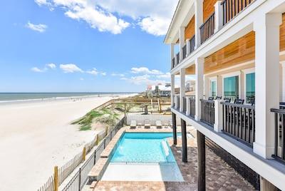 Pool & Ocean Side Decks