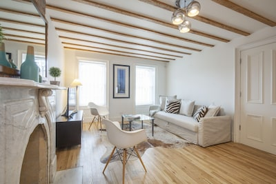 Enjoy a conversation in the relaxed environment and tasteful designed apartment.