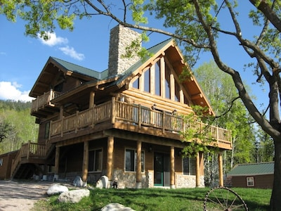 Log Home Overlooking Flathead Lake