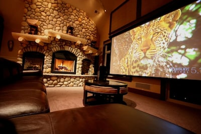 2 larger than life theaters with Hi-Def games, DVD, Cable TV & 7.1 Digital Sound