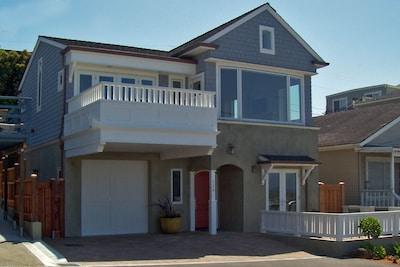 Harborside Retreat on Santa Cruz Harbor