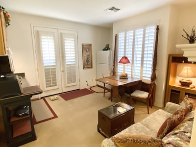 """Entry at Dining-Living room """"comfy-zones"""""""