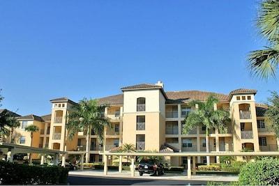 Pelican Sound Golf & River Club, Estero, Florida, United States of America