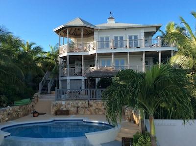 Hartswell, Exuma, Bahamas
