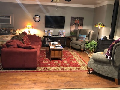 Cozy living room - open living space and dining area