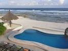 30ft. Oceanside Pool - Day dream for days!