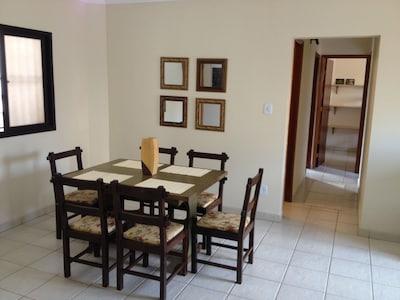 Ótimo apartamento na Praia Grande em Ubatuba - 200m da Praia com Ar Condicionado